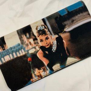 Handbags - Audrey Hepburn Breakfast at Tiffany's wallet ❤️🖤